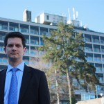Steve Baker outside Wycombe Hospital